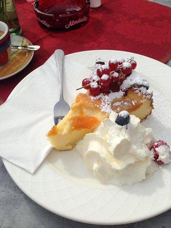 Axams, Αυστρία: Fantastische Kuchen 🍰
