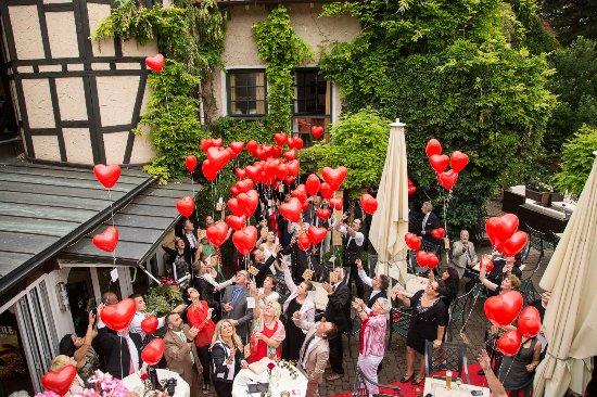 Hochzeit in der Alten Scheune - Bild von Hotel Landhaus Alte ...