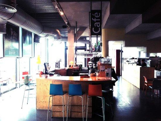 Redon, France : L'espace Ciné Café