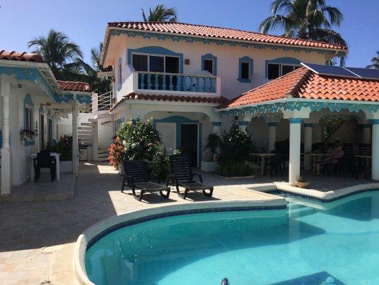 Gaspar Hernandez, Dominican Republic: Organisierte Behausung in einem Gästehaus - ToppTipp!