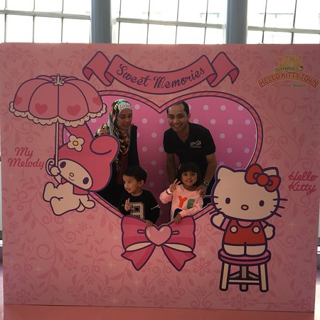 Sanrio Hello Kitty Town : photo9.jpg