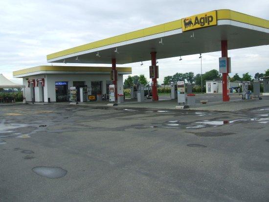 Area di servizio carburanti gpl
