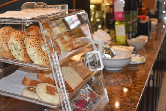 The Inlet Sports Lodge: light continental breakfast, included with your stay