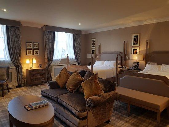 Dromoland Castle Hotel: 20180201_160751_large.jpg