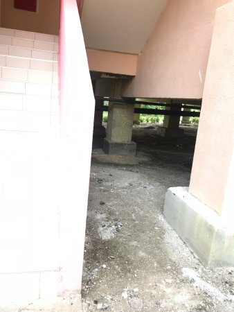 entrance to villa 7