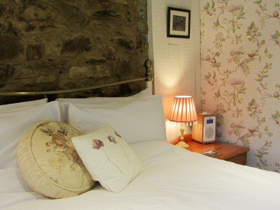 Lledrod, UK: Farmhouse Two - with king size bed