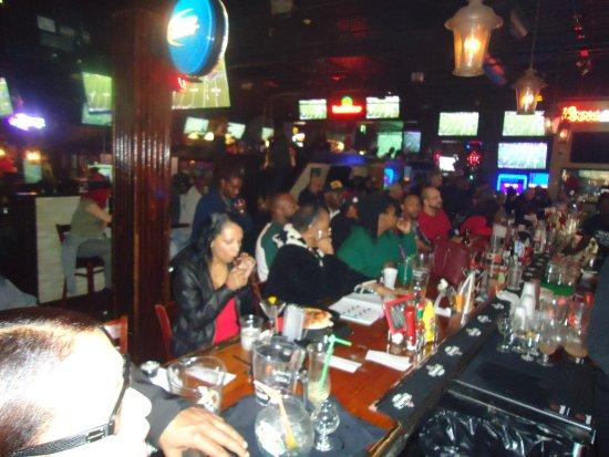Tony's Sports Bar & Grill: Tony's Sports Bar 8610 Roswell Road