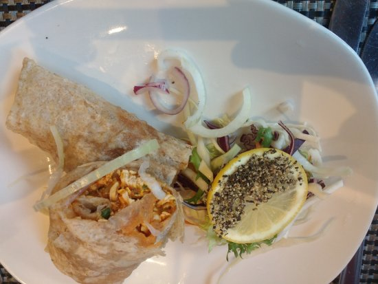 Bukharah: Chicken puri starter
