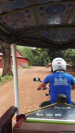 Siem Reap, Kambodja: Sur la route