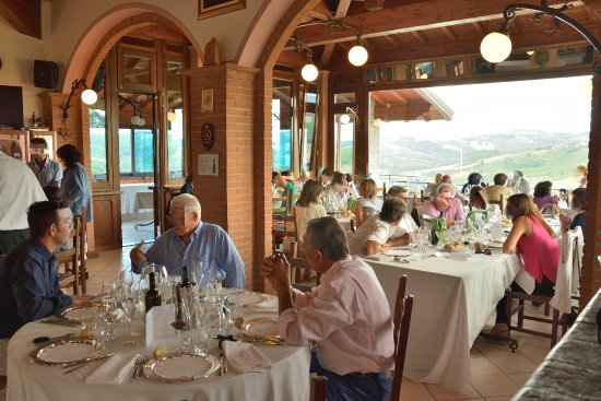Mornico Losana, Italy: la sala