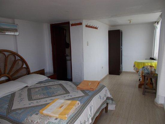 Hostal La Reyna: Habitación #17 en la parte superior.