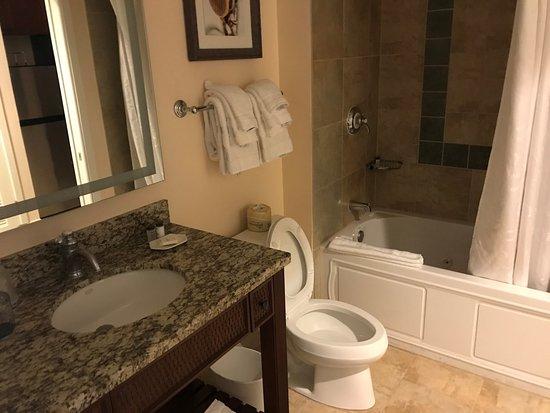 The Sheraton En Suite Bathroom: Sheraton Vistana Villages