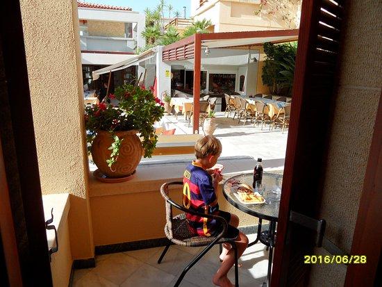 Chrissi Akti, Grecia: ANAIS