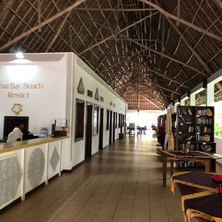 Uroa Bay Beach Resort: photo0.jpg