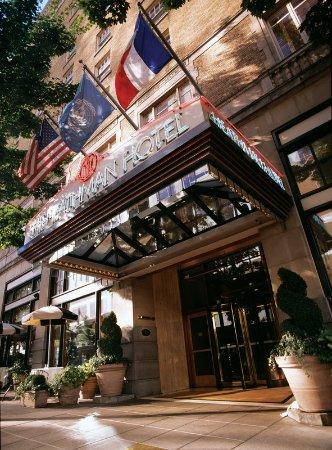 The Heathman Hotel: Exterior