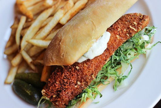 Doolittles Woodfire Grill : Parmesan Crusted Walleye