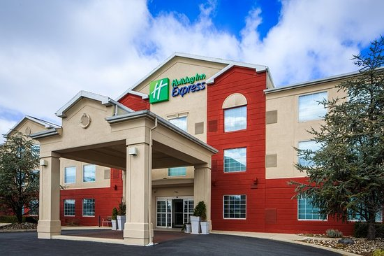 Holiday Inn Express Reading: Exterior
