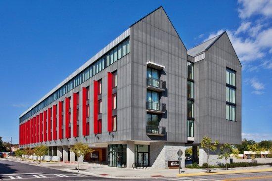 Hotel Indigo Athens-University area: Exterior