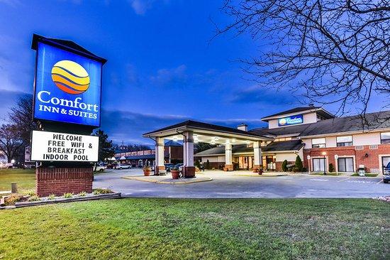 Comfort Inn and Suites Ambassador Bridge