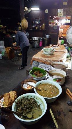 Pilihan Makanan Prasmanan Photo De Warung Kopi Klotok Sleman