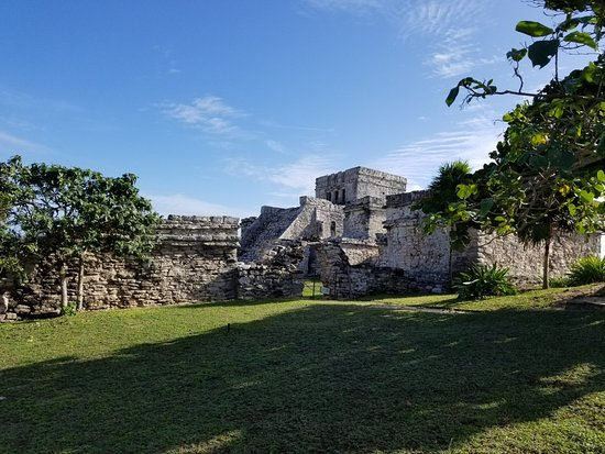 Cancun With Me: Tulum, We got there before the crowds.