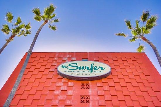 Surfer Beach Hotel: Exterior
