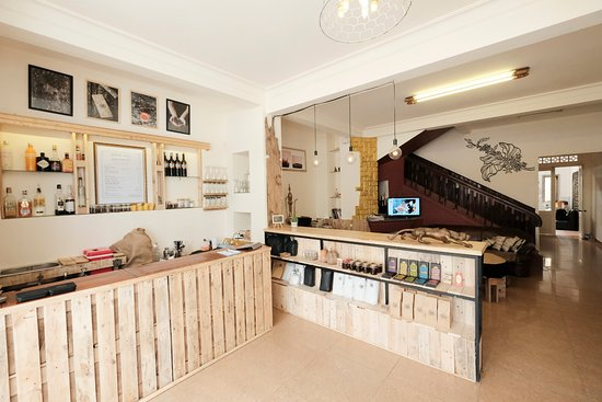 Brew and Breakfast: The Coffee Bar