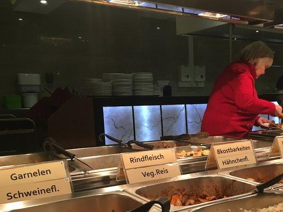 Peine, Alemania: Abendbuffet