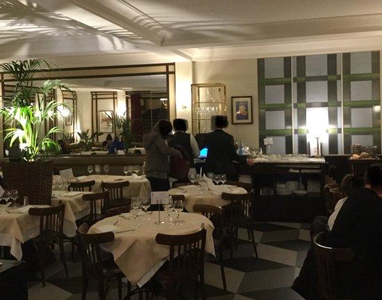 Cafe Du Commerce Paris Tripadvisor