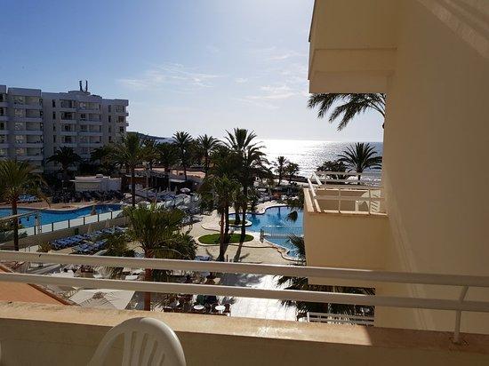 Playa Dorada Aparthotel: 20170523_091152_large.jpg