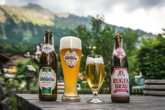 Hotel Edelweiss: large selection of Beers and Wines