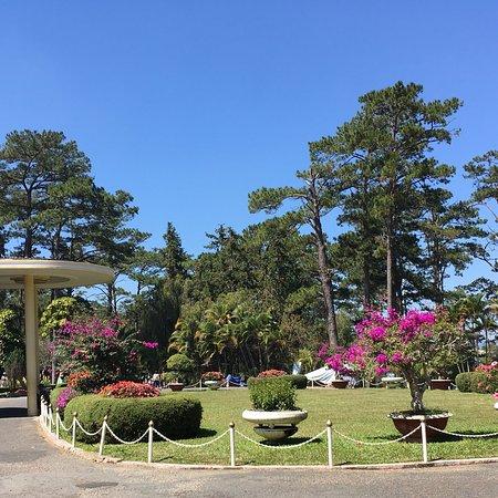 Bao Dai's Palace : photo1.jpg