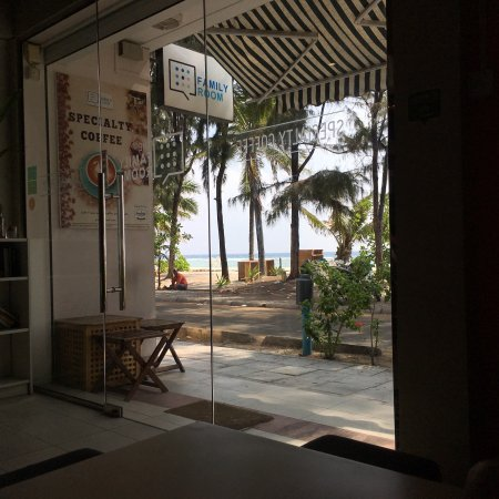Family room cafe hulhumale restaurant reviews phone for The family room hulhumale