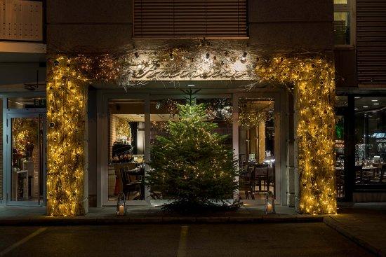 Nos Déco de Noël - Picture of Balthasar Restaurant & Grill, Gland ...