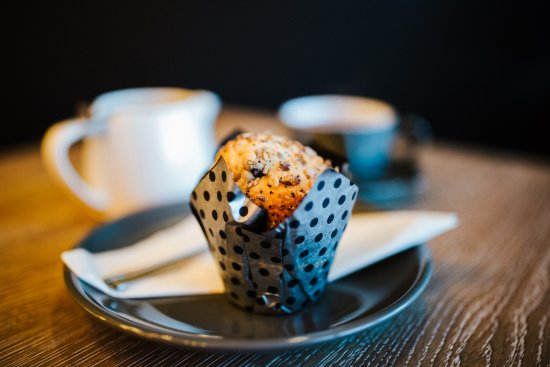 Yatton, UK: A pot of our finest loose leaf tea with a scrumptious muffin. A perfect match.