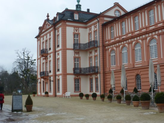 schloss biebrich picture of schloss biebrich wiesbaden tripadvisor. Black Bedroom Furniture Sets. Home Design Ideas