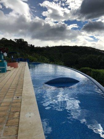 Xandari Resort & Spa: the sunset pool