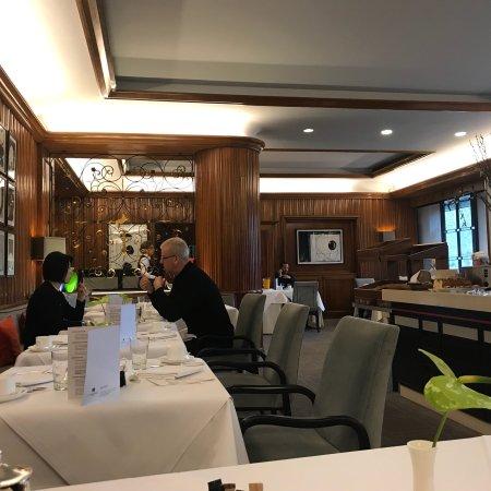 Althoff Hotel Am Schlossgarten Photo