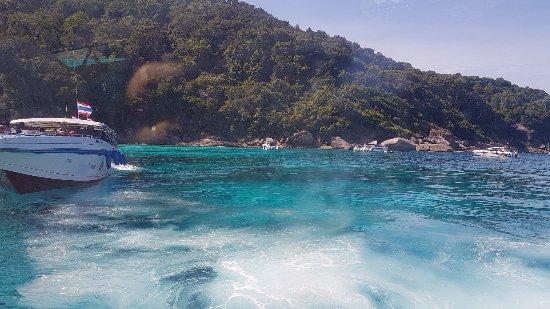Similan Islands : 20180122_104750_large.jpg