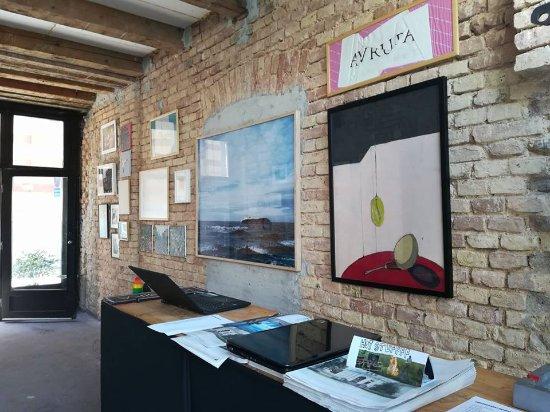 Brodac Gallery