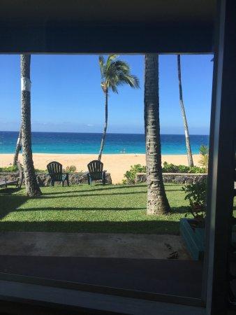 Ke Iki Beach Bungalows: View from my bedroom window