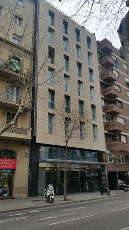 Barcelona Century Hotel : Exterior del hotel