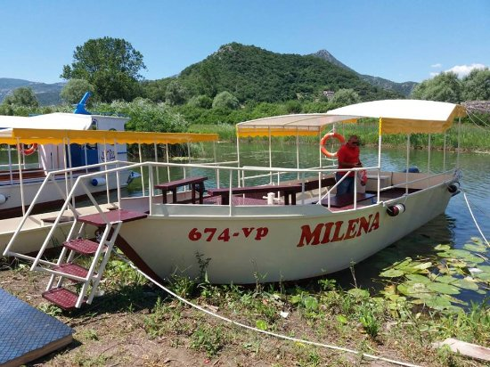 Virpazar, Montenegro: Boat for group tours on Skadar Lake.