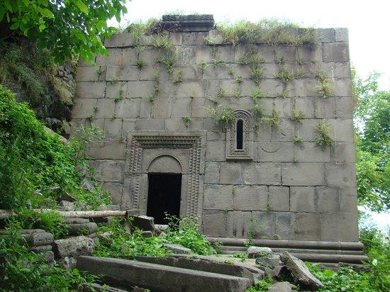 Lori Province, أرمينيا: Монастырь Кобайр