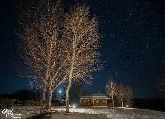 The Hideout Lodge & Guest Ranch: Taken at night