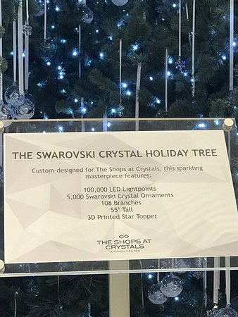 The Shops At Crystals: Gorgeous
