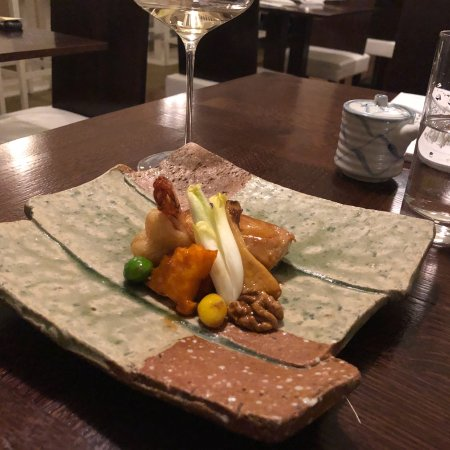 Unkai Japanese Restaurant : Steamed duck and black sesame cream brûlée are simply amazing 😉