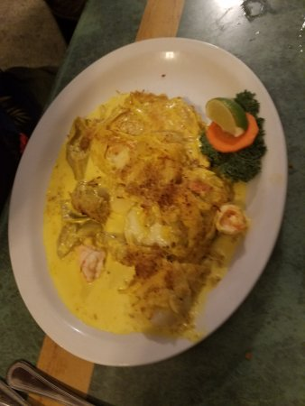 Lazy Days South : Hogfish, with Shrimp, crab, and sauce. Excellent !!!!!