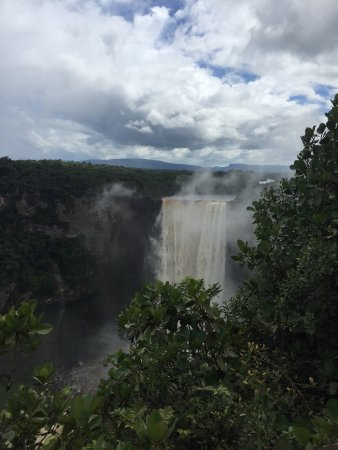 how to get to kaieteur national park