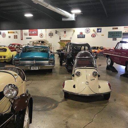 Car Lots In Tupelo Ms >> photo8.jpg - Picture of Tupelo Automobile Museum, Tupelo ...